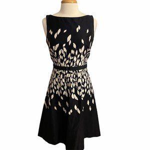 Loft Dress A Line Black White Size 8